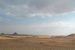 Saqqara, Dashur right far in back.