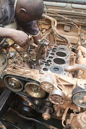Accra Mechanic, Land Rover 300 TDI engine block
