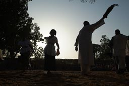 Traditional dance Segou, evening comes.