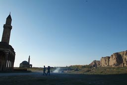 BBQ on the former Armenian/Turkish civil war battlegrounds, the place of the siege of Van, during WW1.