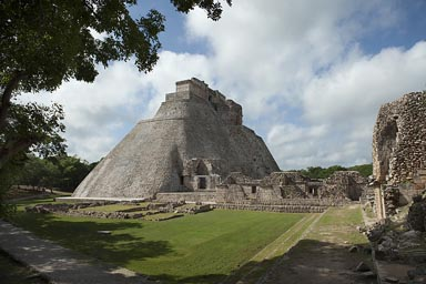 Uxmal, The Adivino, the Pyramid of the Magician. Maya site, Yucatan, Mexico.