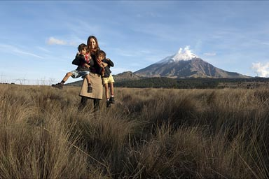 Christina and boys. Been together for 1 month and a half, Final days, Paso de Cortes, Popocatepetl in back.