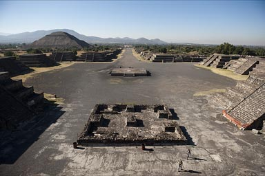 Pyramid of the Sun and Avenue of the Dead, Teotihuacan. Teken from Pyramid of the Moon. Was it really a channel for water??