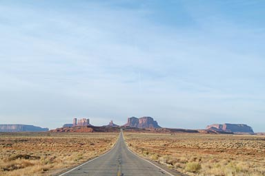 Road to Monumentr Valley, Utah.