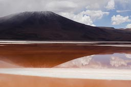 Laguna Colorada, red.