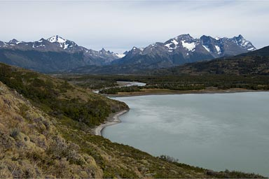 Weather has changed, Lago and Rio Paine. Paine (in Mapuche language) means blue sky.