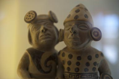 Ceramic figurine in Sipan museum.