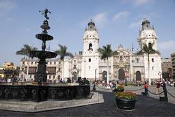 Plaza de armas, Lima, fountain and cathedral.