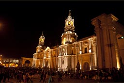 Cathedral Arequipa, night.