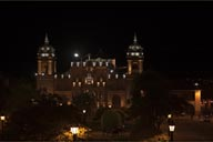 Cathedral of Ayacucho at night.