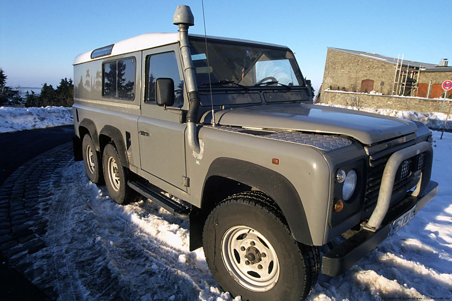 Photography and Journey. Foley 6x6 130 Land Rover Defender.